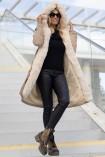 Płaszcz LEXA z kapturem i futrem beżowy